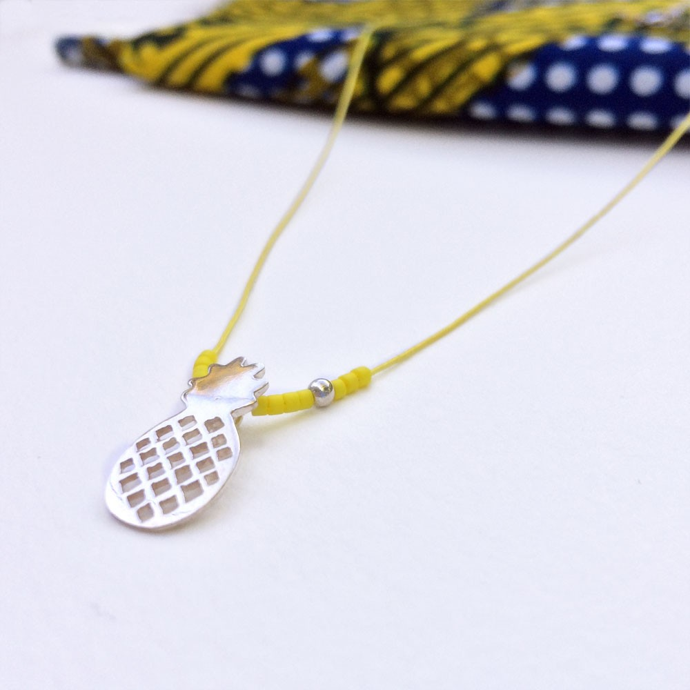 collier de perle synonyme